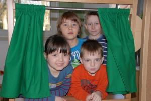 "Frohe Kinder im ""Neuen"" KIga"